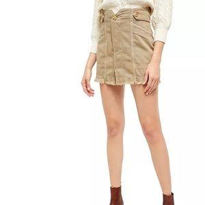 Alpha Utility Contrast-Seam Mini Skirt: Sz 12S NWT